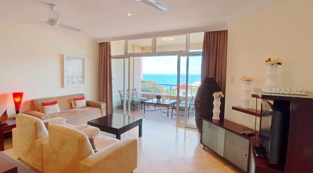 102 Oyster Rock Is A Luxury 4 Star Graded Self Catering Apartment Vacation Rental Located In Umhlanga Rocks This Two Bedroom
